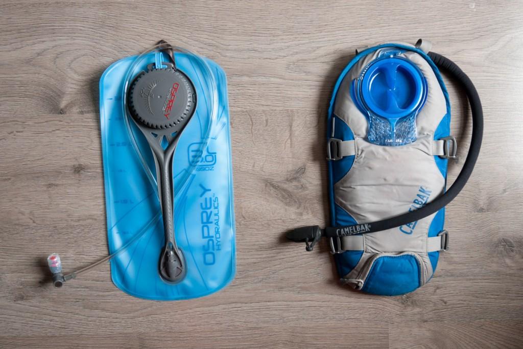 poches à eau camelbak unbottle osprey hydrolics