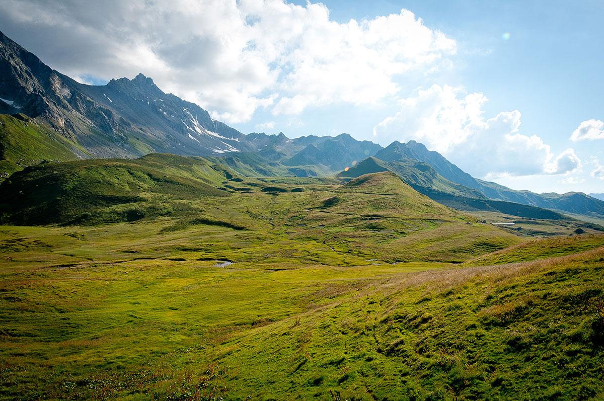 La réputation du Beaufortain n'est plus à faire en ce qui concerne la pratique du VTT, et les paysages dans le cormet de Roselend font saliver...