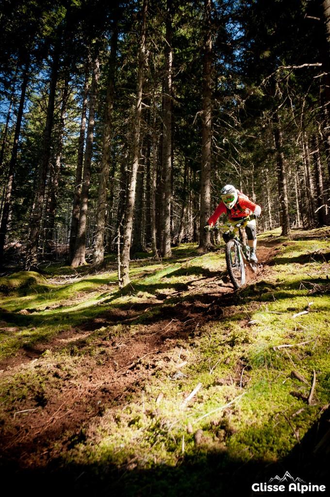 7 Laux bikepark - Secret spot dans la mousse
