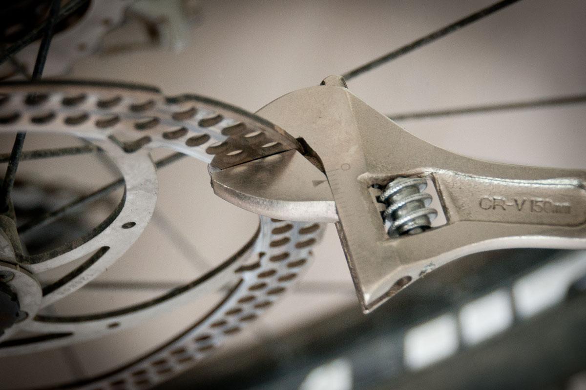 VTT - Dévoiler un disque de frein - clé à molette