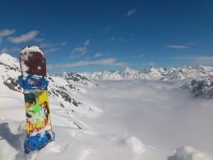 largeur planche snowboard