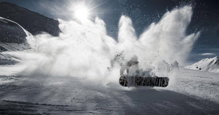 Apprendre le snowboard : pente raide