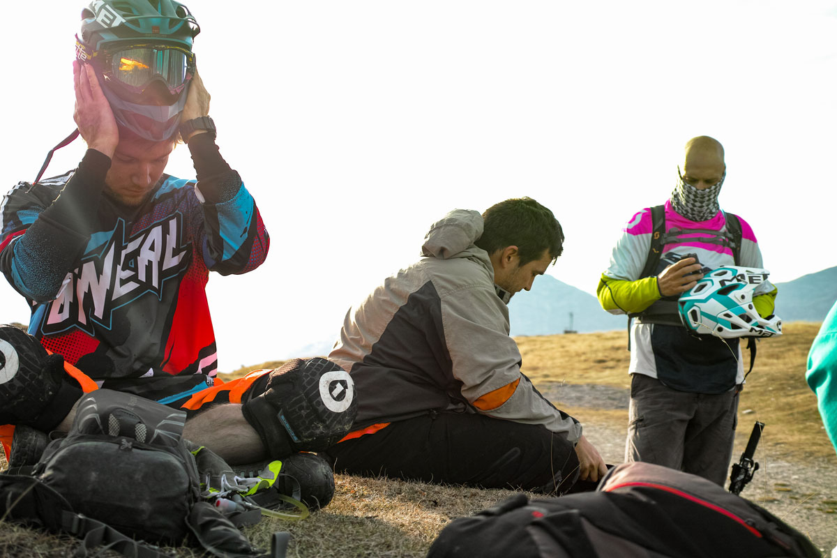 Equipement avant la descente sur GR54