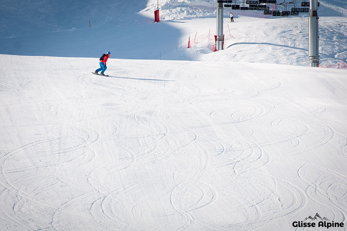 Apprendre le snowboard - Carving - Piste idéale